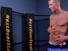 Athletic homo hunk wanking his cock