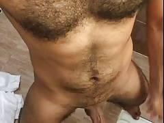 Hunk jerking naked in public toilet