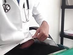 Str8 doctor in hospitial