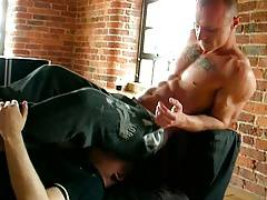 Str8 sniffing fag suck up butt gas IV