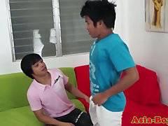 Asian amateur bareback fucking before cumming
