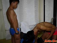 Asian amateur sucking on cock after jerking