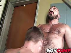 Muscular hunk Alessio receives a blowjob from Christian