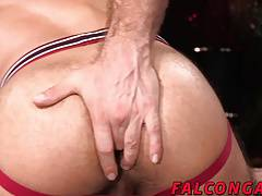 White hunk dude with big dick railing hard at latin ass